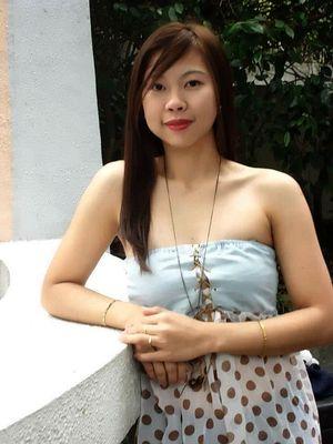 Chinese Girl in Hong Kong Lan