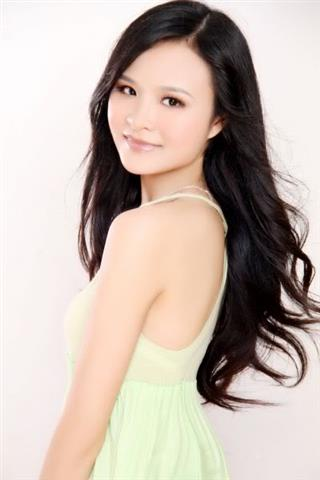 Ling - Chinese Girl (Small)
